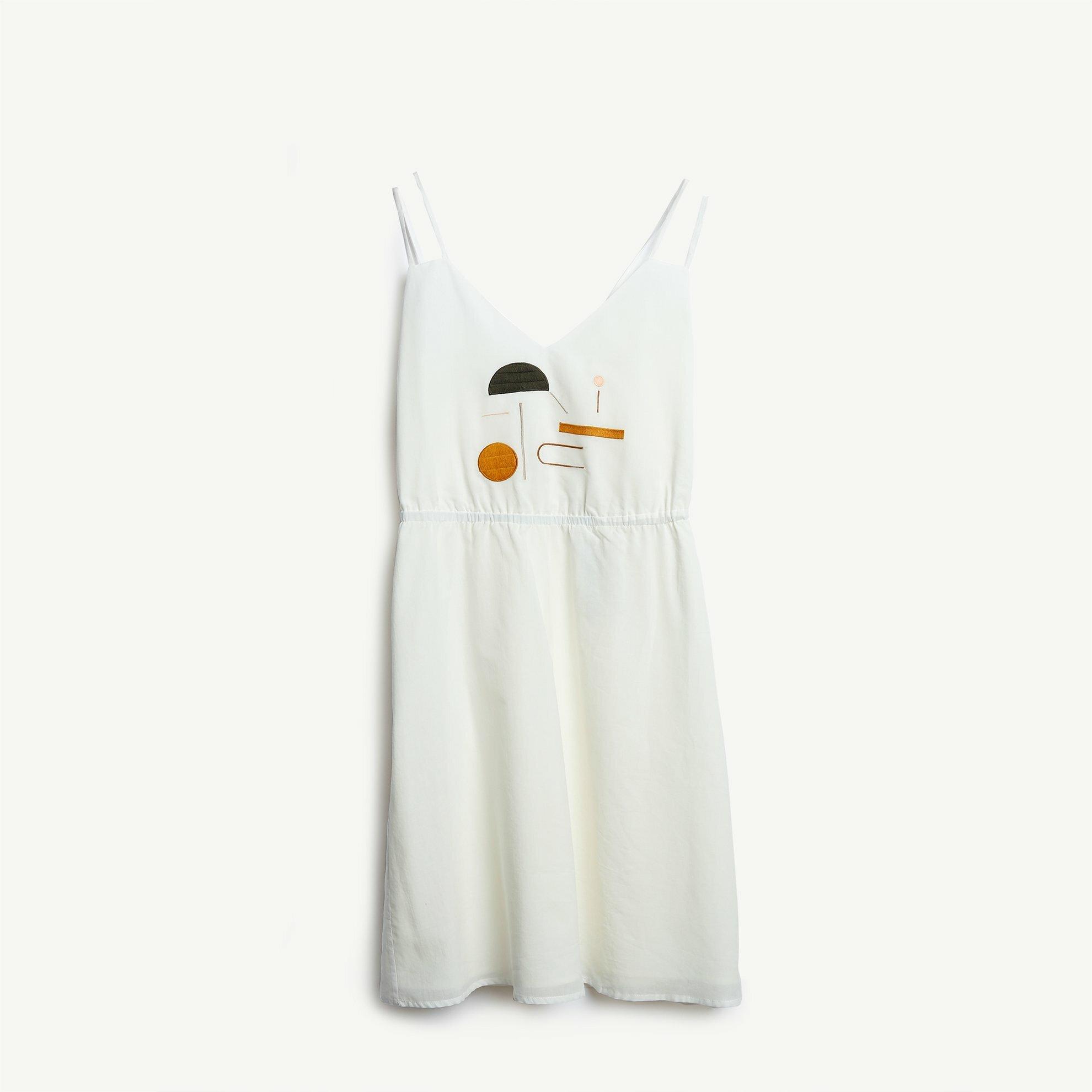 Nakış Detaylı Askılı Elbise