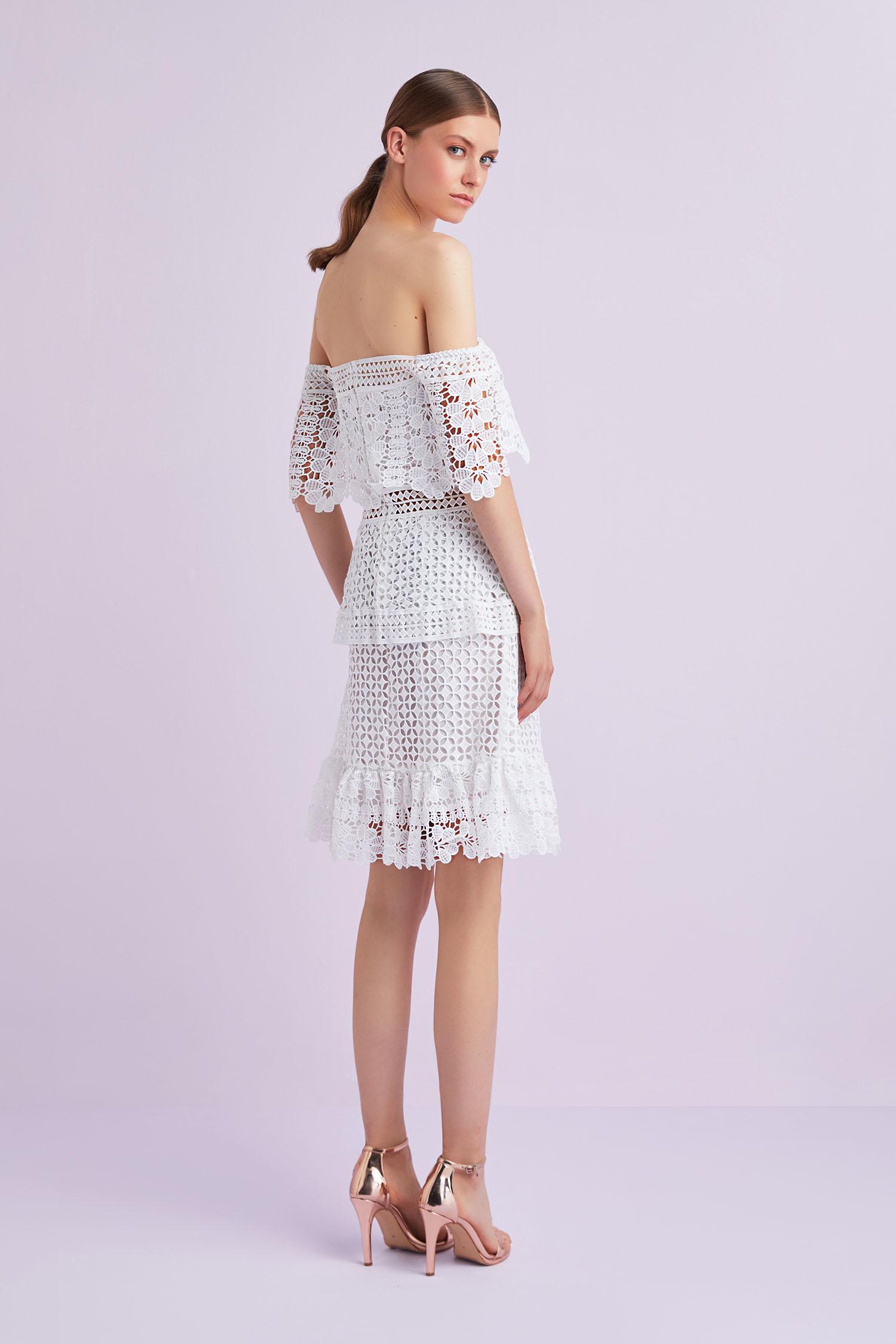 Dantel İşlemeli Kısa Nikah Elbisesi Beyaz Kayık Yaka