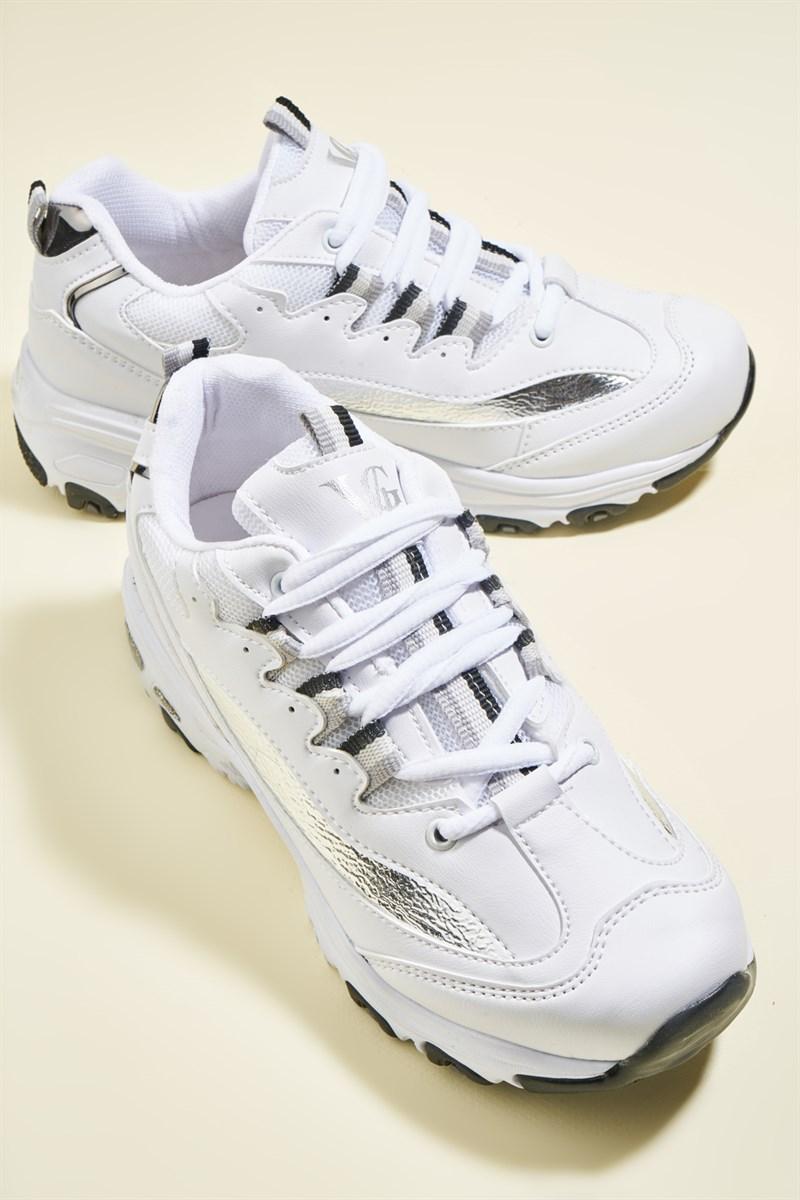 Beyaz Sneakers