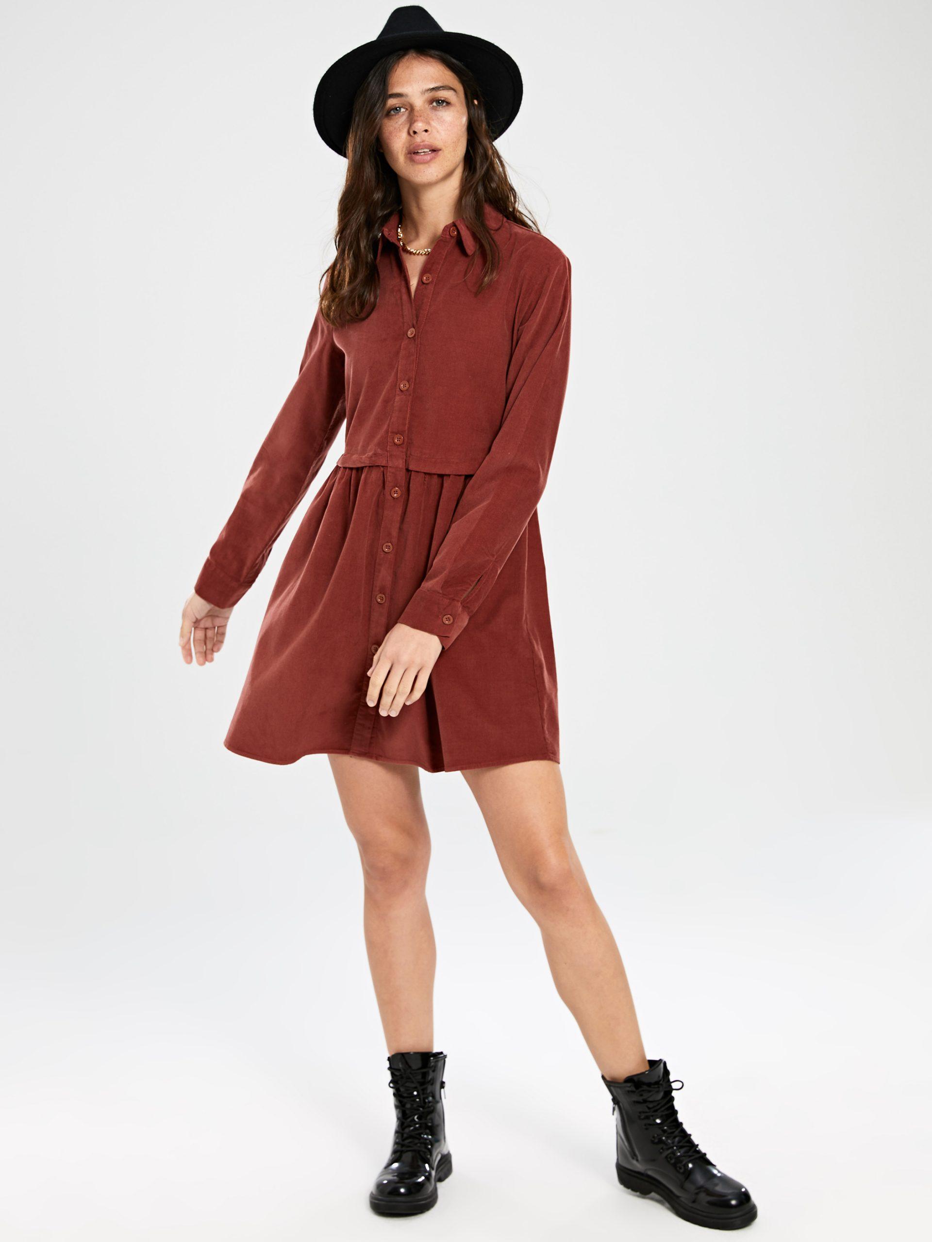 Düğmeli Kadife Elbise