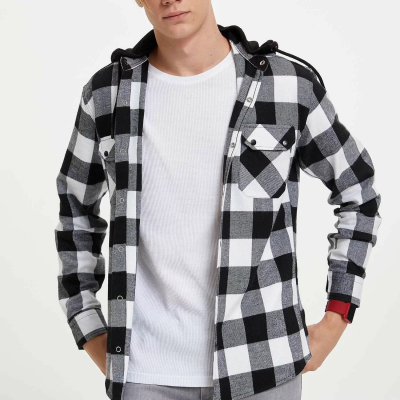 Kapüşonlu Kareli Gömlek