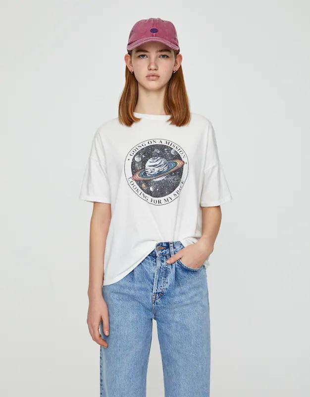 Satürn görselli t-shirt