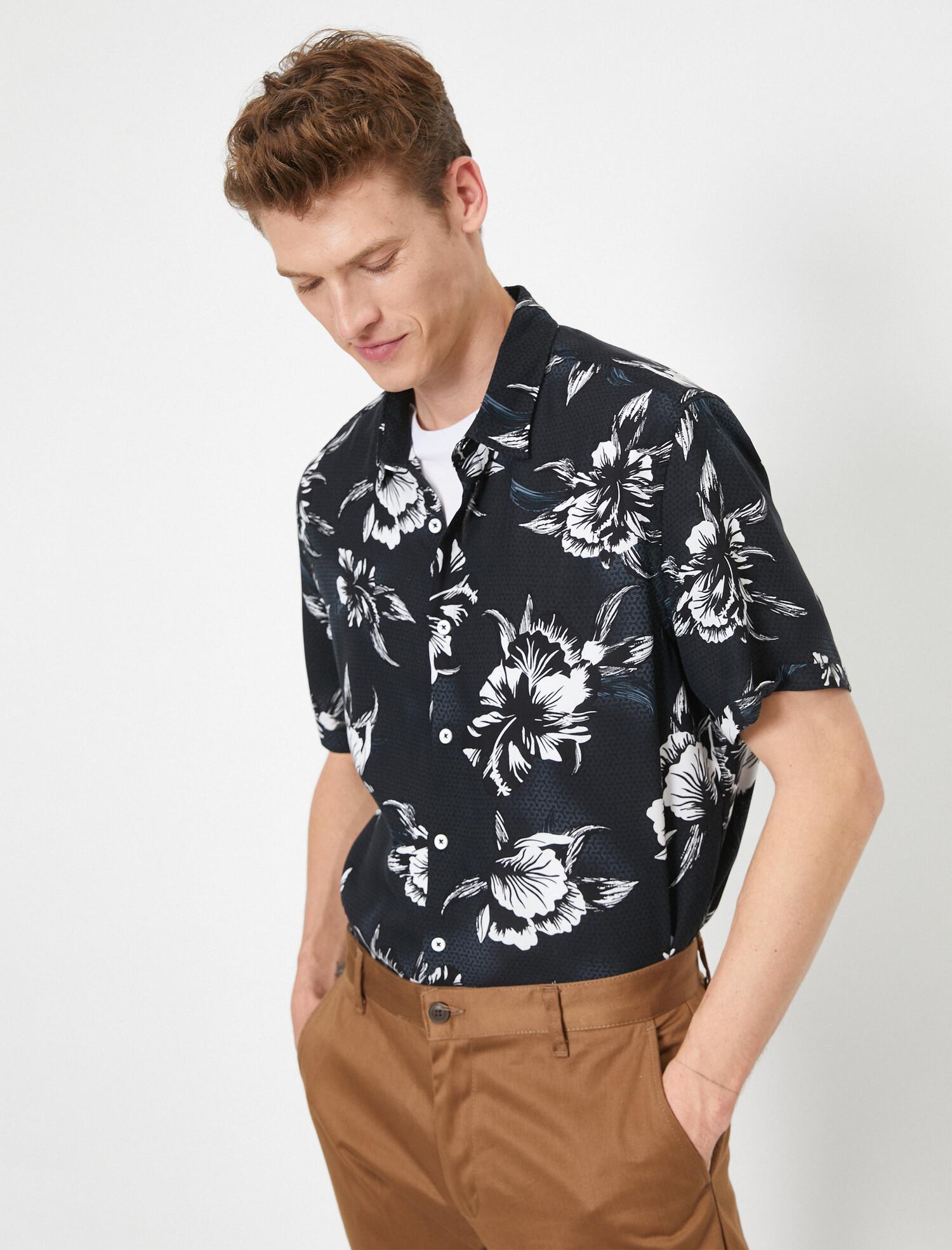 Çiçek Desenli Kısa Kollu Regular Fit Gömlek