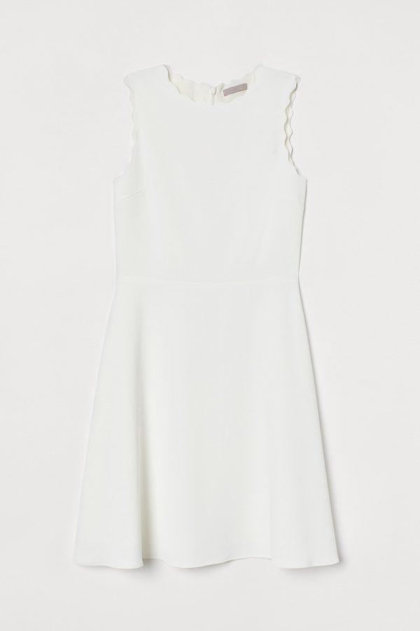 Kenarları Dalgalı Elbise 2